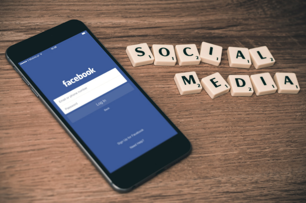 Facebook Marketing for Small Businesses: Top 10 Tips for 2019